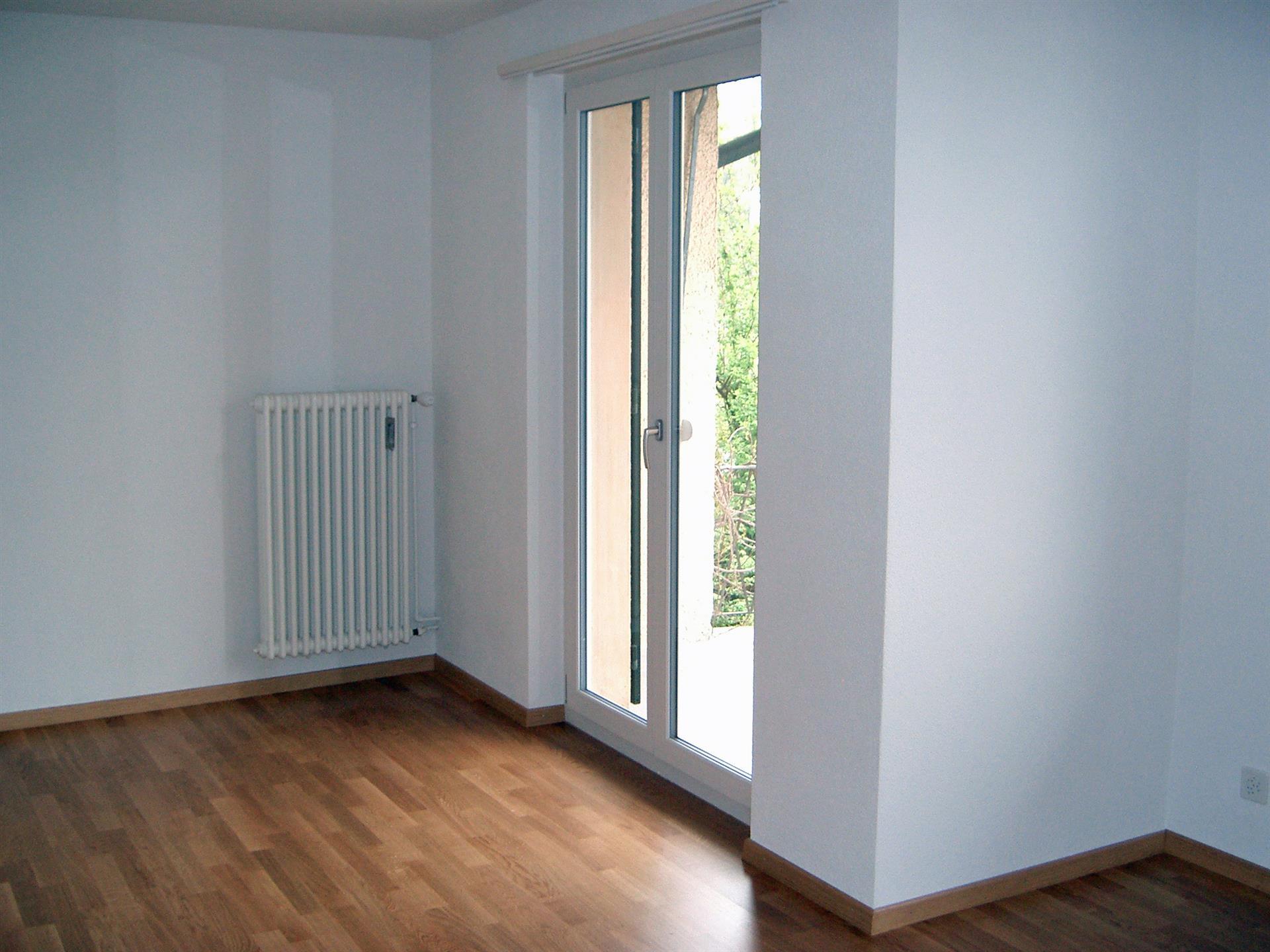 1 5 zimmer wohnung 1 og links. Black Bedroom Furniture Sets. Home Design Ideas